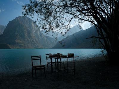 تور تاجیکستان   پیاده روی در دره زرافشان 