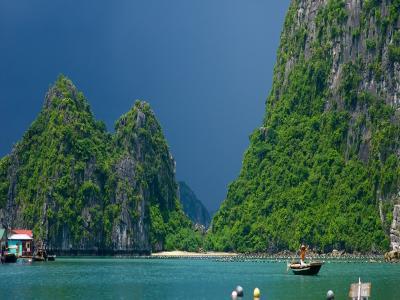 تورطبیعت گردی فرهنگی ویتنام و لائوس | هانوی،هوی آن،هالونگ بی،لوآنگ پروبانگ |
