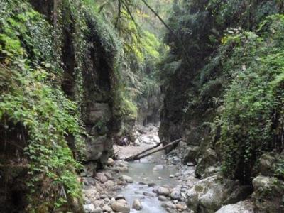 رودخانه نوردی تنگه دار |بازی آب و صخره|