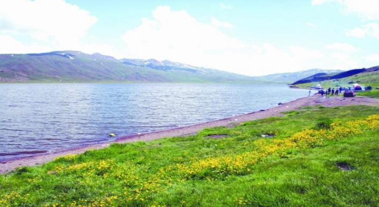 تور سوباتان به دریاچه نئور