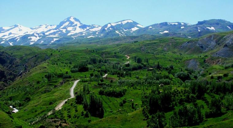 تور عید فطر |مراتع میرگ زیارت تا دریاچه دالامپر| طبیعت گردی آذربایجان غربی